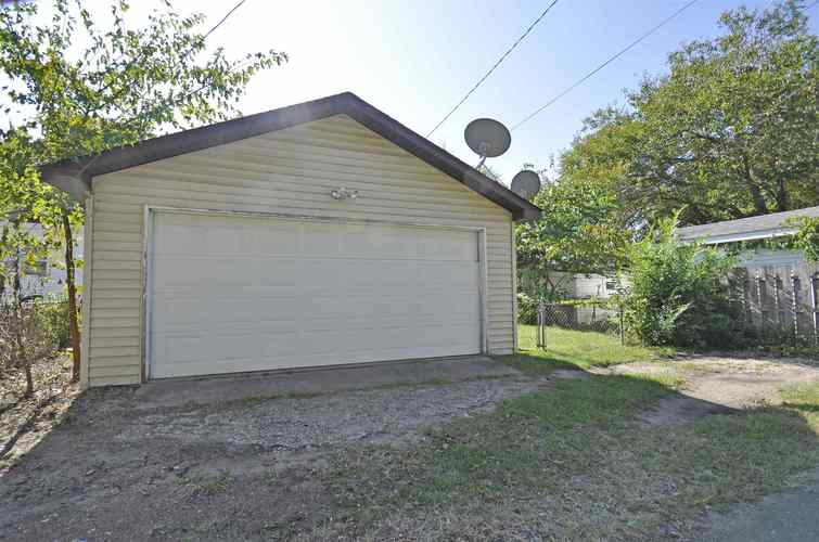 816 W Broadway Street W Mishawaka, IN 46545 | MLS 201944450 | photo 23