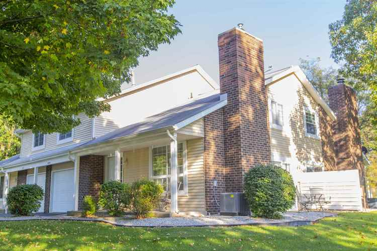 18176 Windmill Court South Bend, IN 46637 | MLS 201944594 | photo 1