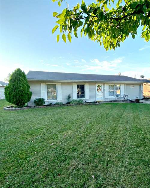 1216  Applewood Road Fort Wayne, IN 46825-3710 | MLS 201944613