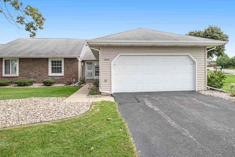 18237 Crownhill Drive South Bend, IN 46637 | MLS 201944823 | photo 1