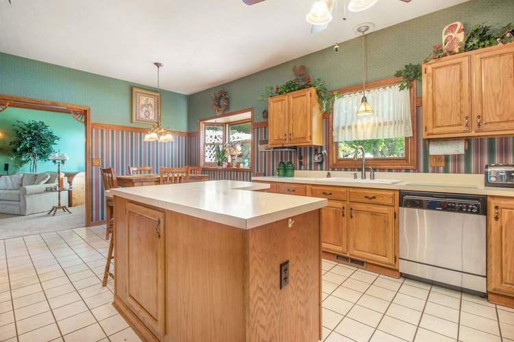 5410 Fellows Street South Bend, IN 46614-5572 | MLS 201944933 | photo 14
