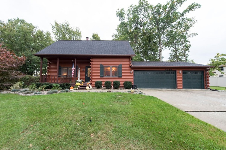 4218 Castell Drive Fort Wayne, IN 46835 | MLS 201945175 | photo 1