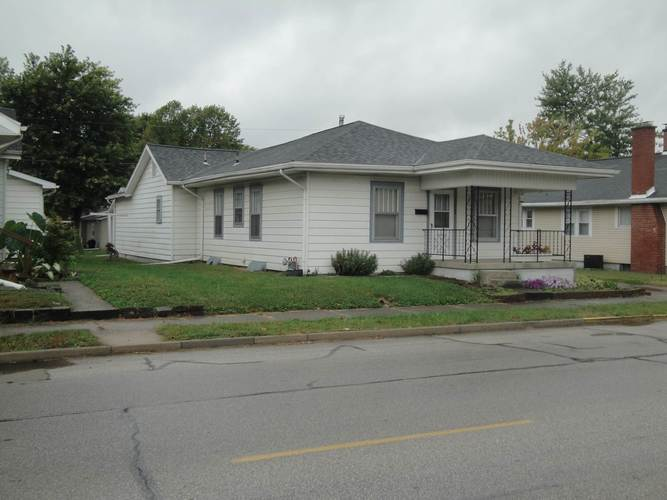 1307 E St. Clair Street Vincennes, IN 47591   MLS 201945254