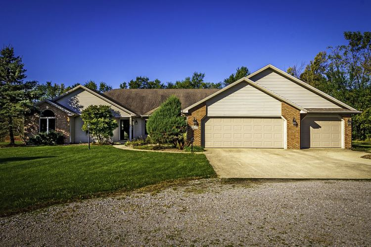 11800 N Smuts Drive NW Zanesville, IN 46799 | MLS 201945454 | photo 1
