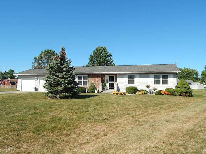 203  Lindenwood Drive Bluffton, IN 46714 | MLS 201945669