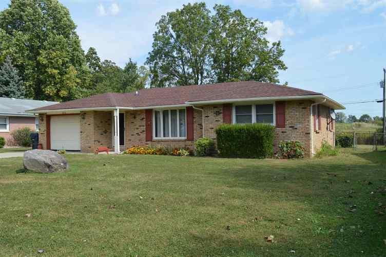 3216  LORAL Drive Anderson, IN 46013 | MLS 201945733