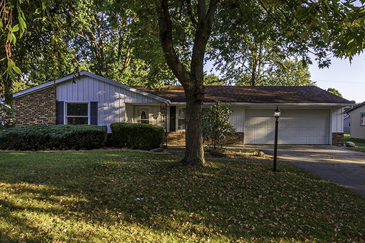 1717  Lopshire Drive New Haven, IN 46774-2235 | MLS 201945758