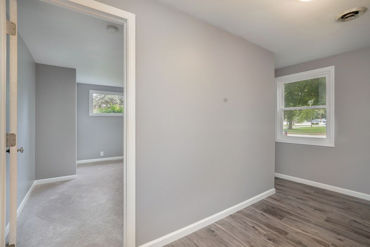 839 Woodcliff Drive South Bend, IN 46615 | MLS 201945903 | photo 12