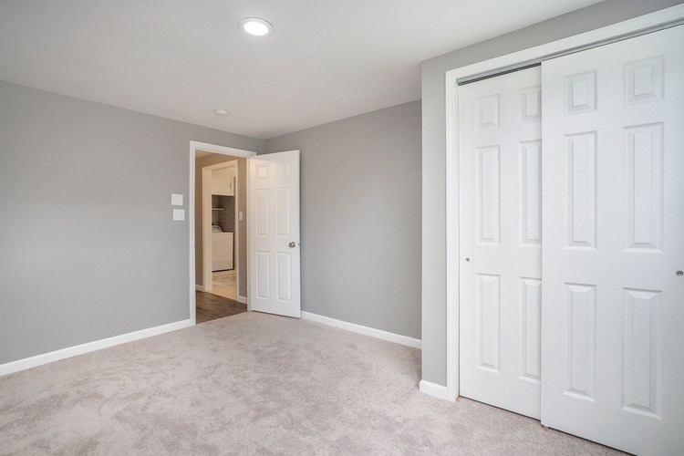839 Woodcliff Drive South Bend, IN 46615 | MLS 201945903 | photo 14