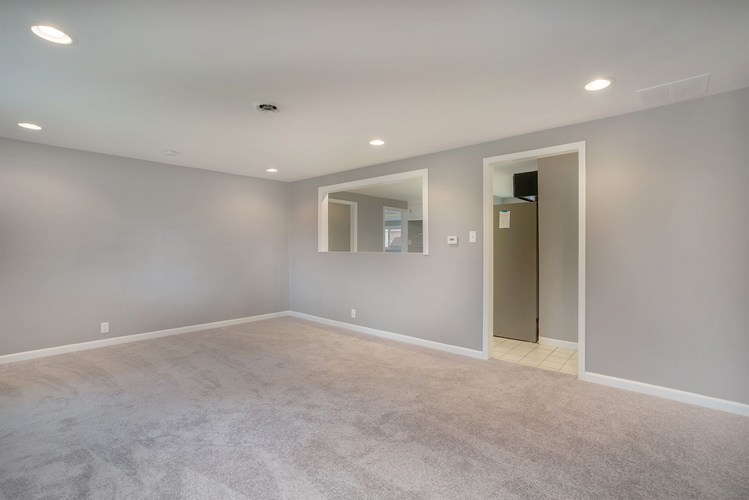 839 Woodcliff Drive South Bend, IN 46615 | MLS 201945903 | photo 16