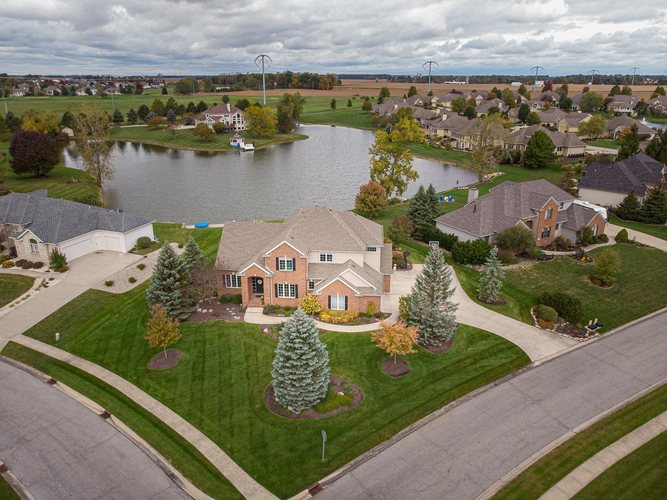 724  Monte Vista Drive Fort Wayne, IN 46814 | MLS 201945938