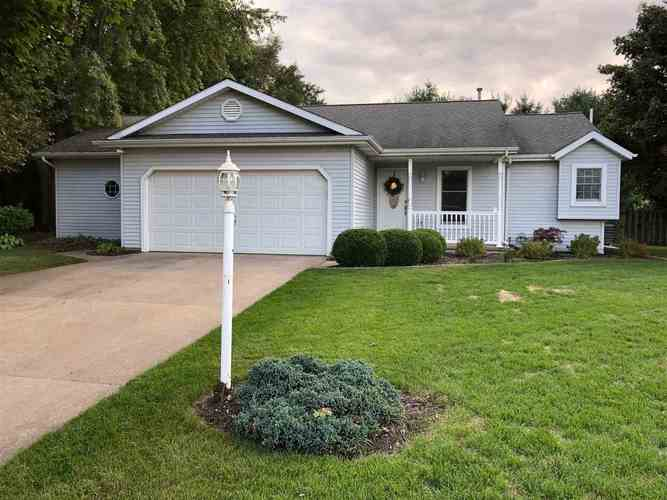 607  Spring Valley Drive Middlebury, IN 46540 | MLS 201946019