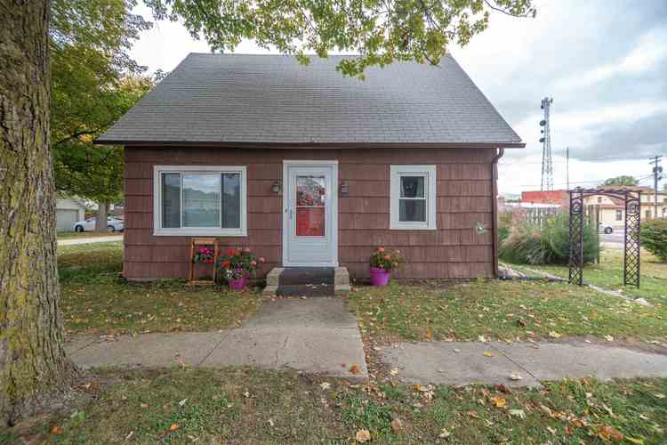 16 W South Street Rossville, IN 46065 | MLS 201946022
