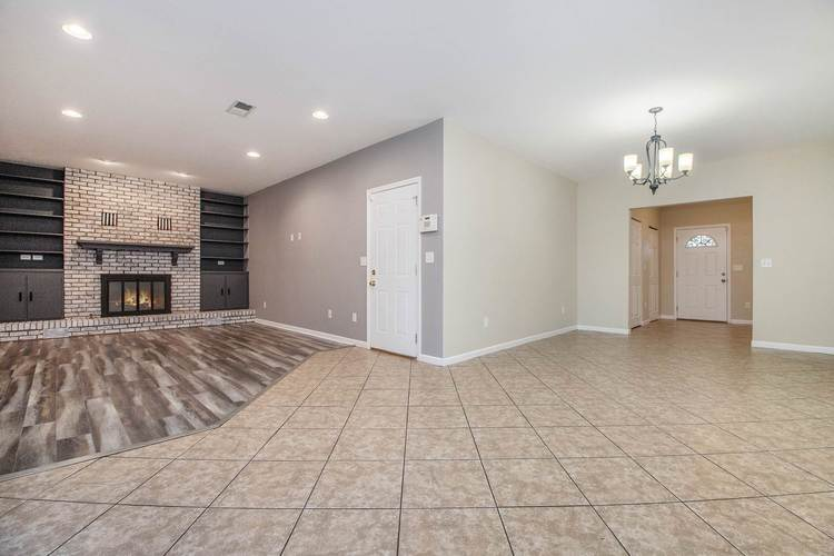 18076 Heatherfield Drive South Bend, IN 46637-4334 | MLS 201946039 | photo 13