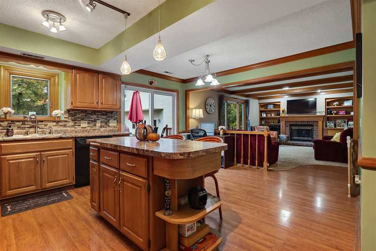 4215 Castell Drive Fort Wayne, IN 46835   MLS 201946139   photo 6