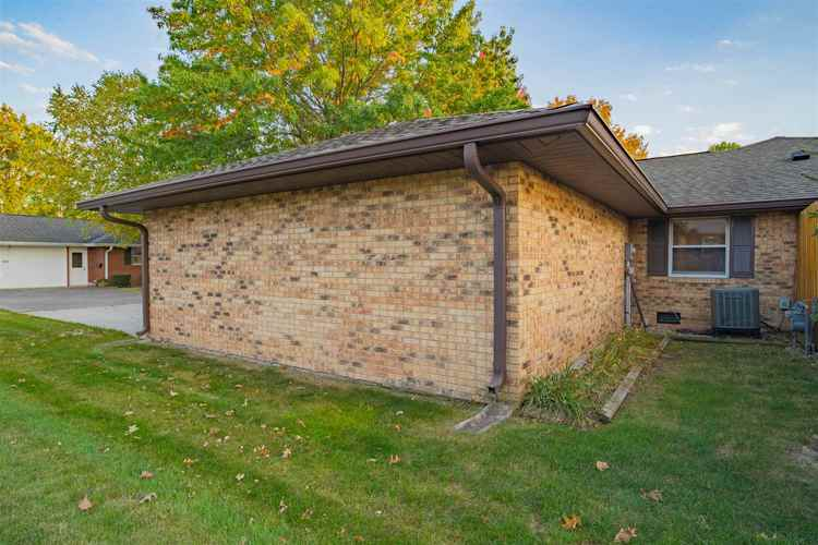 614 CANDLEWOOD Drive Marion, IN 46952 | MLS 201946286 | photo 21
