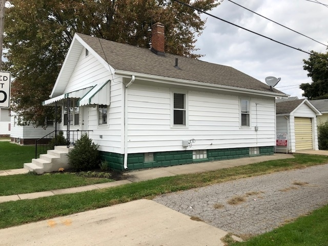 1006 S Main Street S Mishawaka, IN 46544 | MLS 201946310 | photo 2