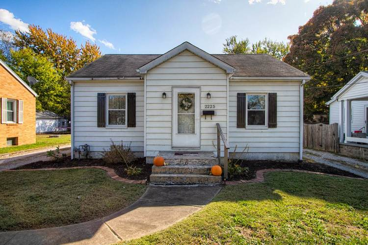 2225 E Virginia Street E Evansville, IN 47711 | MLS 201946662 | photo 1