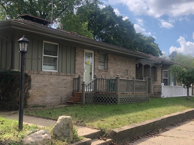 1401 S Main Street S Mishawaka, IN 46544 | MLS 201946943 | photo 2