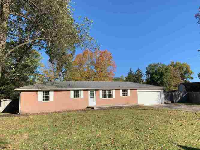 3404 W Fleetwood Drive Muncie, IN 47302 | MLS 201946983