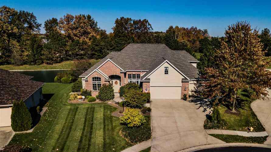 9825  Bitter End Cove Fort Wayne, IN 46835-9649 | MLS 201947313