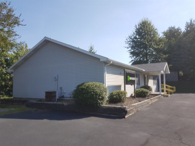 307 State Road 60 E Road Mitchell, IN 47446 | MLS 201947547 | photo 4