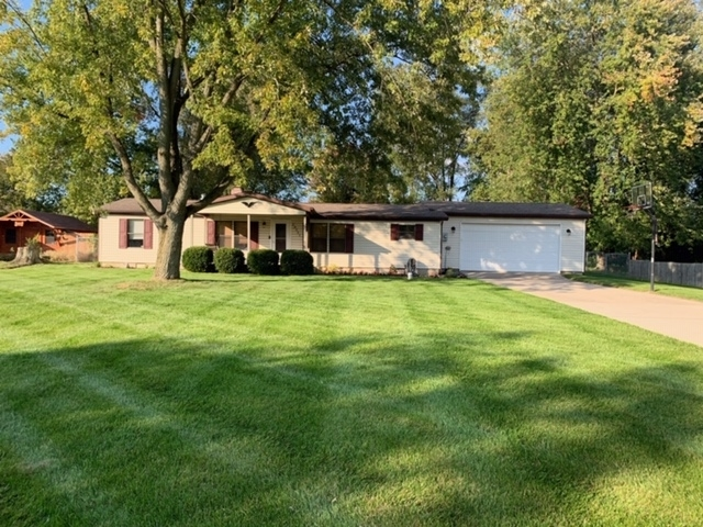 23551  Linden Drive Elkhart, IN 46516-6134 | MLS 201947631