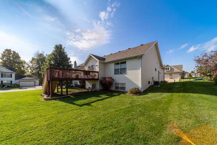 53192 Flowing Stream Court South Bend, IN 46628   MLS 201947640   photo 30
