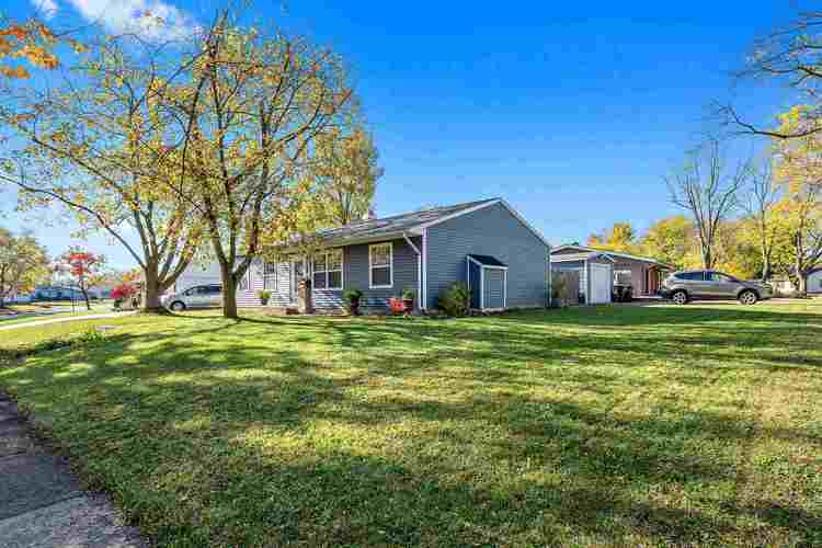 6539 Bayberry Drive Fort Wayne, IN 46825   MLS 201947672   photo 1