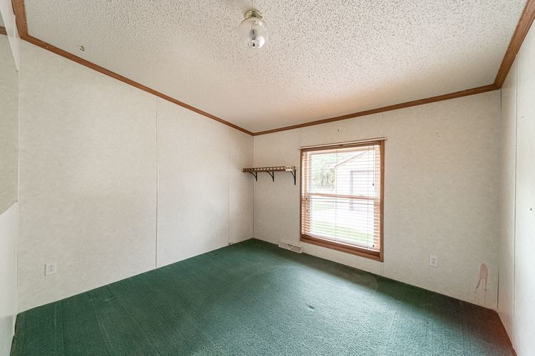 50819 Portage Road South Bend, IN 46628-9365 | MLS 201947842 | photo 15