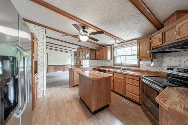 50819 Portage Road South Bend, IN 46628-9365 | MLS 201947842 | photo 6