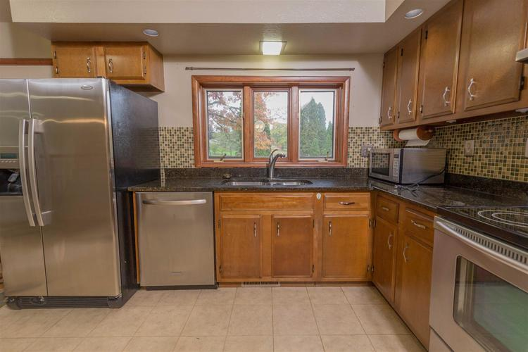 56055 Riviera Boulevard South Bend, IN 46619-4565 | MLS 201947866 | photo 13