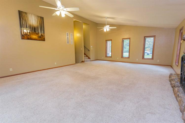 56055 Riviera Boulevard South Bend, IN 46619-4565 | MLS 201947866 | photo 19