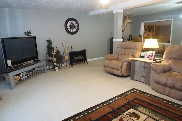 1900 N Wuthering Drive N New Castle, IN 47362 | MLS 201947971 | photo 25