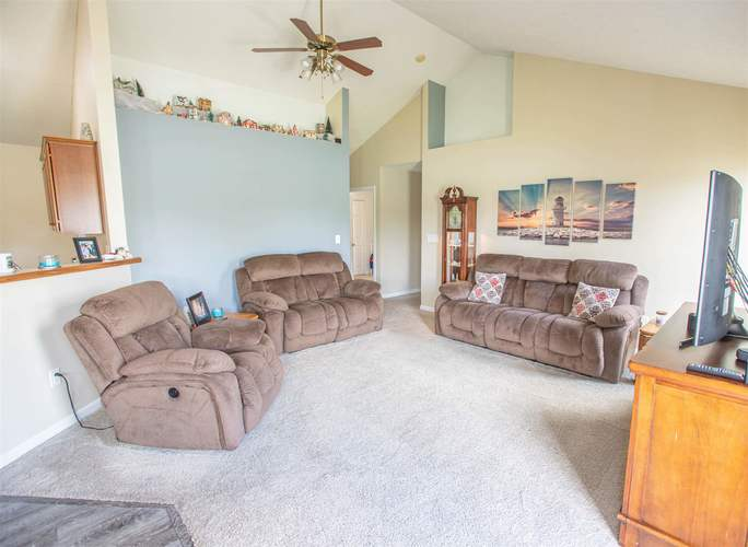 925 Waterview Street Winchester, IN 47394 | MLS 201947991 | photo 6