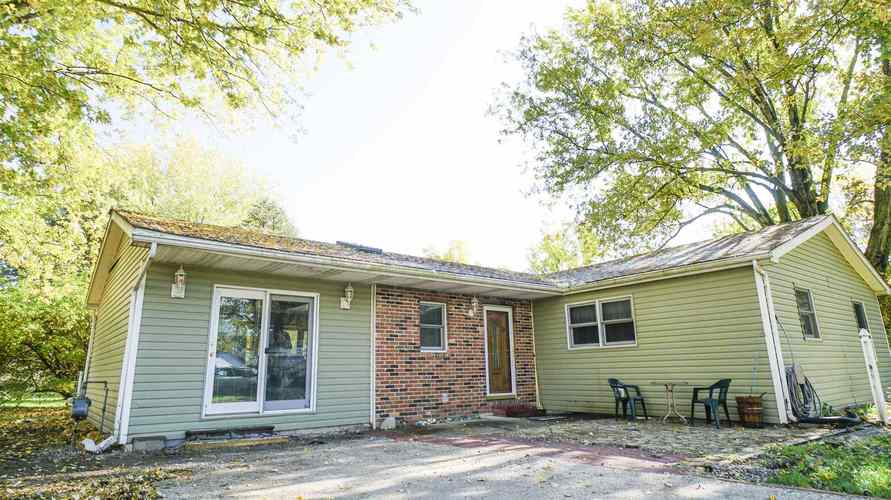 5892 E US 24 Highway Monticello, IN 47960 | MLS 201948103