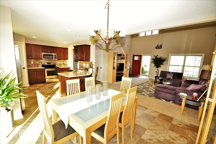 12979 Page Hill Court Fort Wayne, IN 46818   MLS 201948124   photo 18