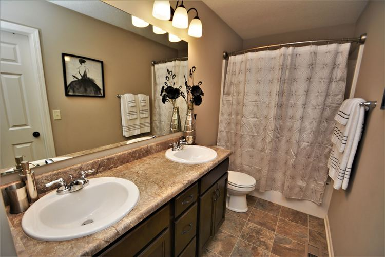 12979 Page Hill Court Fort Wayne, IN 46818   MLS 201948124   photo 22