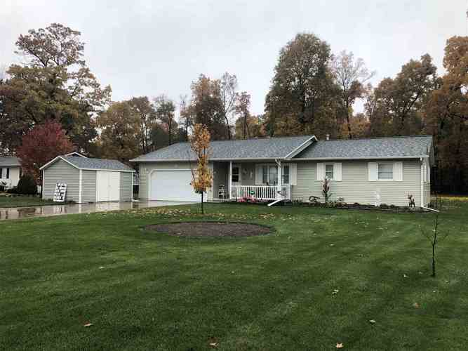 12281 County Road 26 Middlebury, IN 46540   MLS 201948145   photo 1