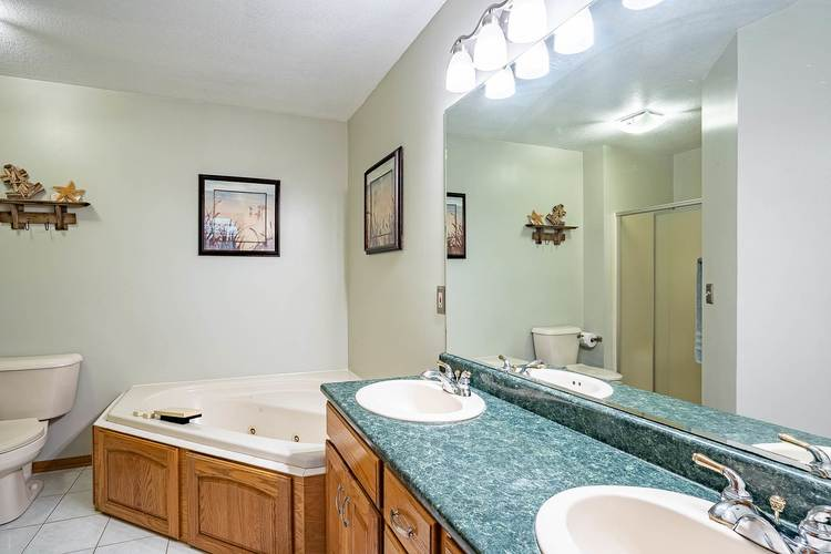 15321 Wild Meadows Place Leo, IN 46765 | MLS 201948402 | photo 24