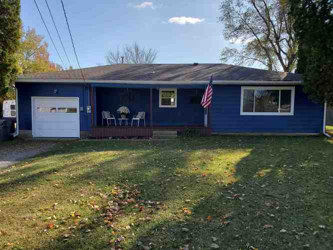 721 E Washington Street Parker City, IN 47368 | MLS 201948423