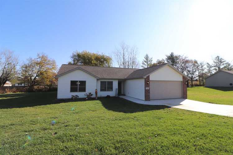 533  Towerview Drive Columbia City, IN 46725-8453 | MLS 201948654