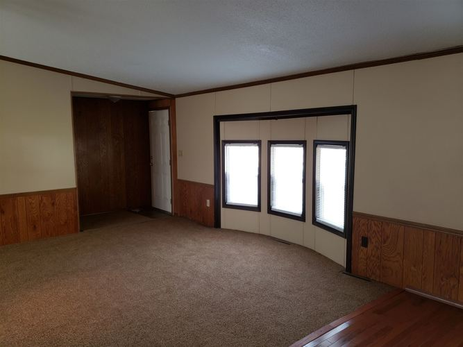 52816 New York Drive Middlebury, IN 46540-9418   MLS 201948744   photo 9