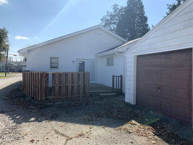 210 Midway Drive New Castle, IN 47362 | MLS 201948785 | photo 17