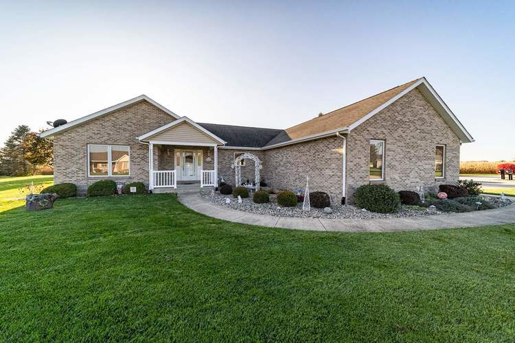 25998 Summer Berry Lane South Bend, IN 46619 | MLS 201948828 | photo 1