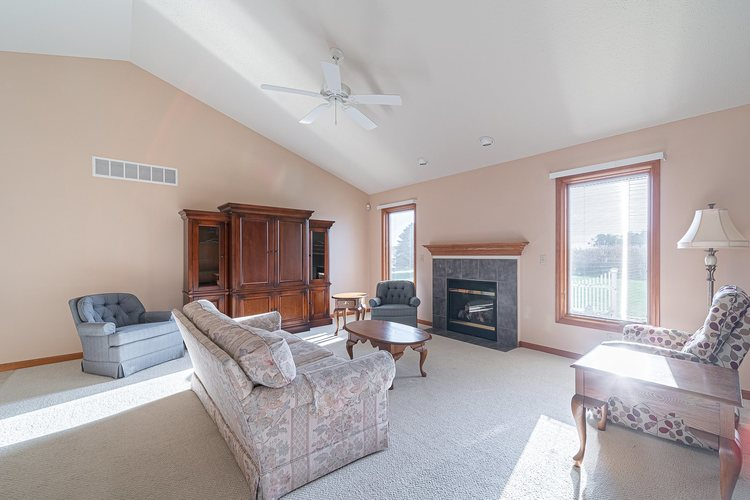25998 Summer Berry Lane South Bend, IN 46619 | MLS 201948828 | photo 5