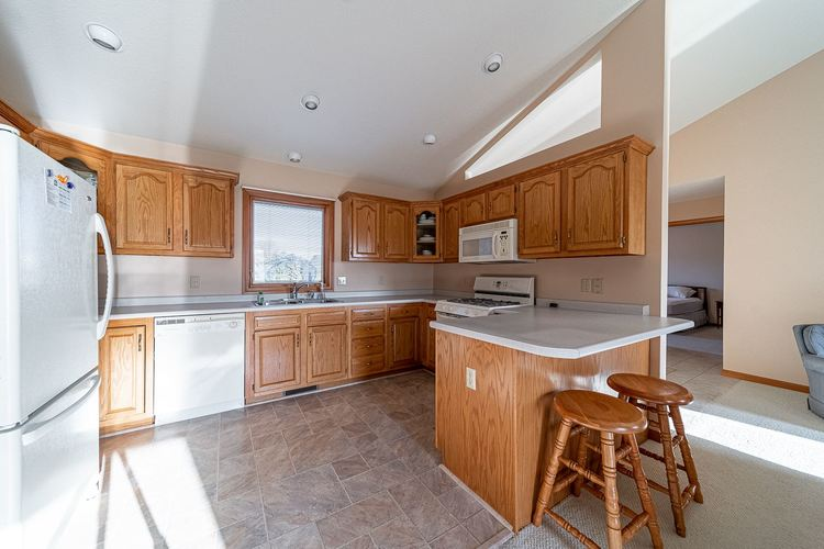 25998 Summer Berry Lane South Bend, IN 46619 | MLS 201948828 | photo 7