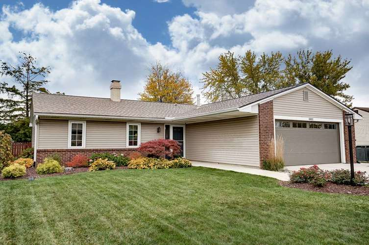 8802 Conway Court Fort Wayne, IN 46825   MLS 201949095   photo 2