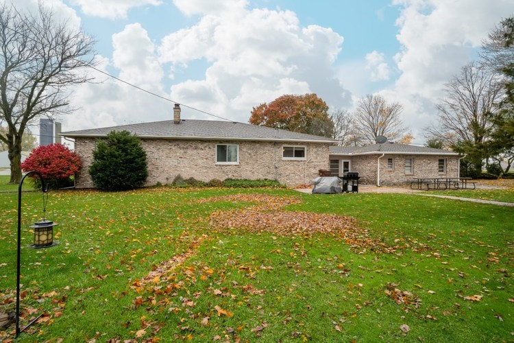 2489 County Road 13 Corunna, IN 46730 | MLS 201949100 | photo 4