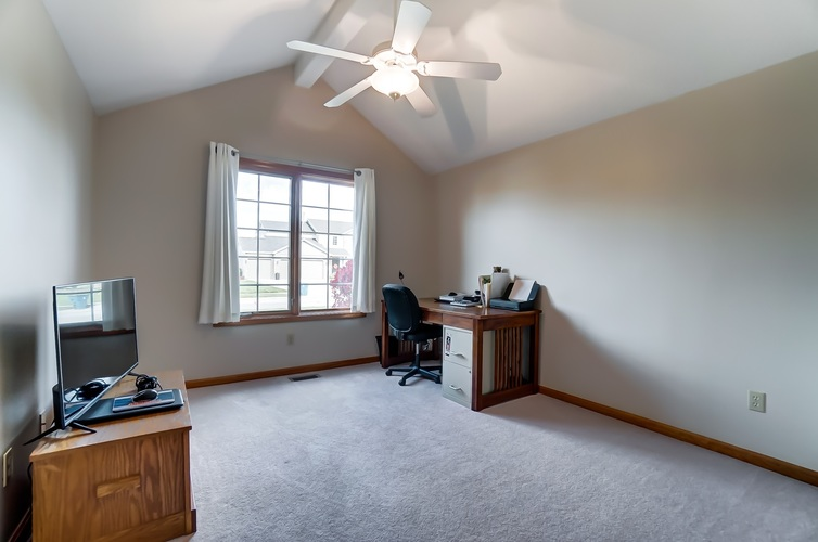 2012 Millenium Crossing Fort Wayne, IN 46845 | MLS 201949149 | photo 22